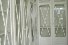 Armario-abatible-persiana-abierta-aspa-3-bln-vvda